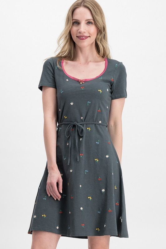 Festtagstracht Robe Black Meadow