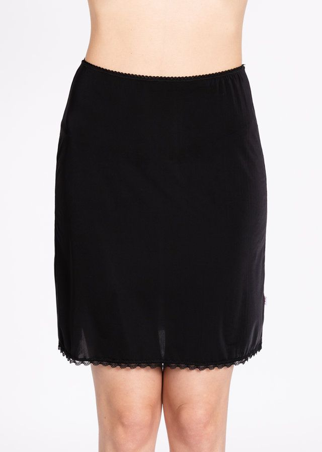 Logo Under Skirt Black