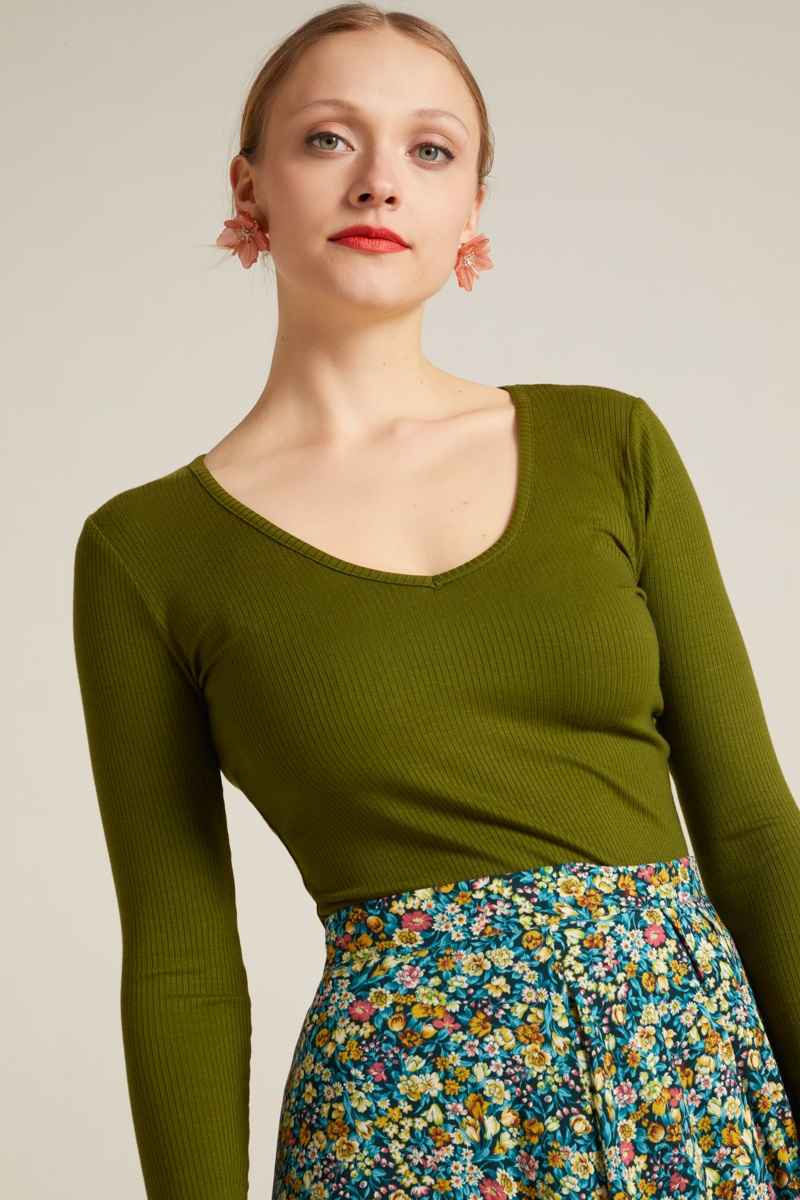 Carice V Top Uni Rib Tencel Olive Green