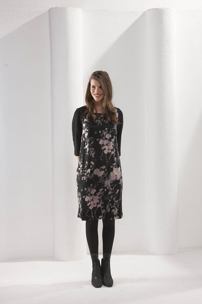 Hessa Dress Fresco Black