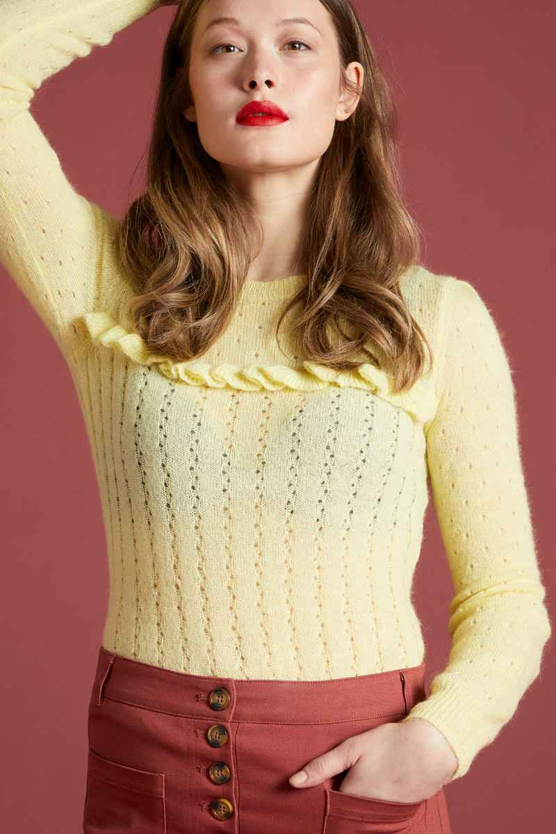 Ruffle Top Fluffy pastel Yellow